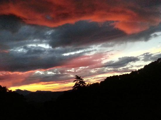 Nacientes Palmichal: Great view of a sunset