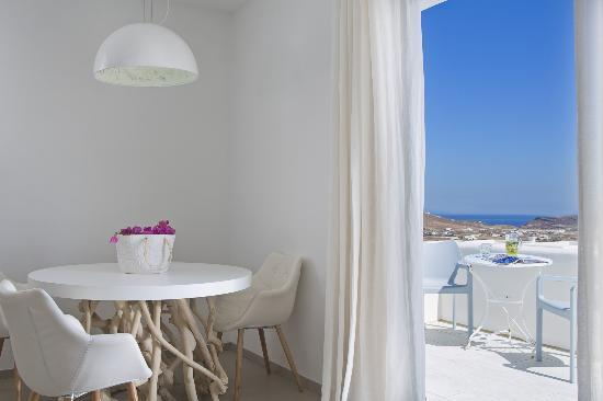 The A Hotel by Mykonos Arhontiko: Design Suites