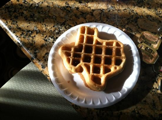 Comfort Suites Near Northeast Mall: fun waffles for breakfast