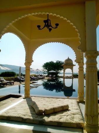The Oberoi Udaivilas: favorite spot - spa pool 