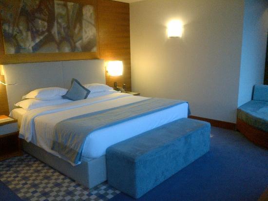 Sheraton Istanbul Atakoy Hotel: Ein Schönes großes Bett