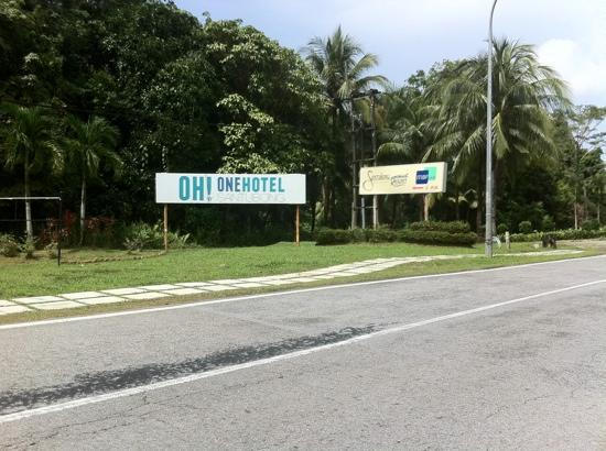 One Hotel Santubong: The hotel's signboard at the road entrance