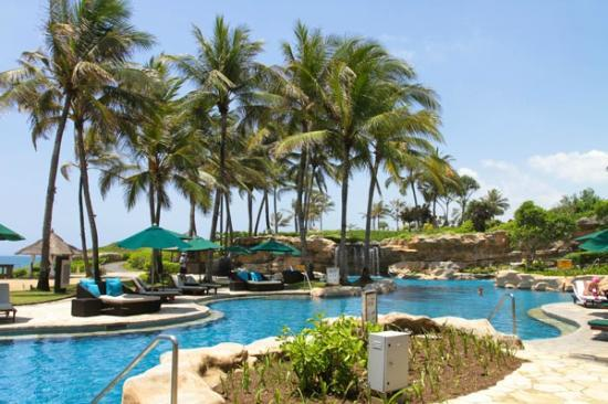 Pan Pacific Nirwana Bali Resort: swimming pool