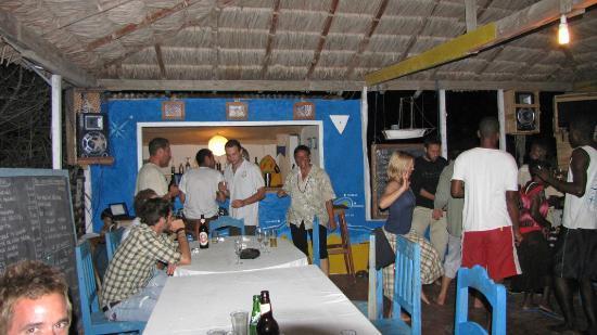 Atlantis Madagascar: Bar und Esstische im Gemeinschaftsbereich