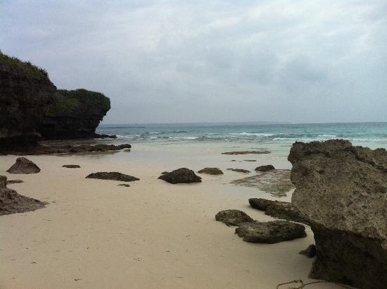 Sunayama Beach: お天気が憎らしい