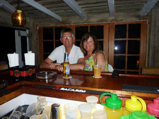 Elbow Cay: at the bar