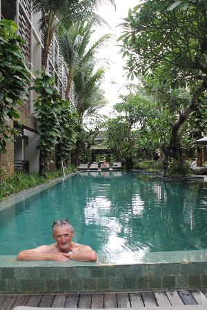 The Haven Bali: Quieter pool at the back of the hotel.