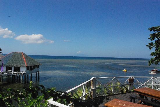 Stilts Calatagan Beach Resort: Palawan cottage