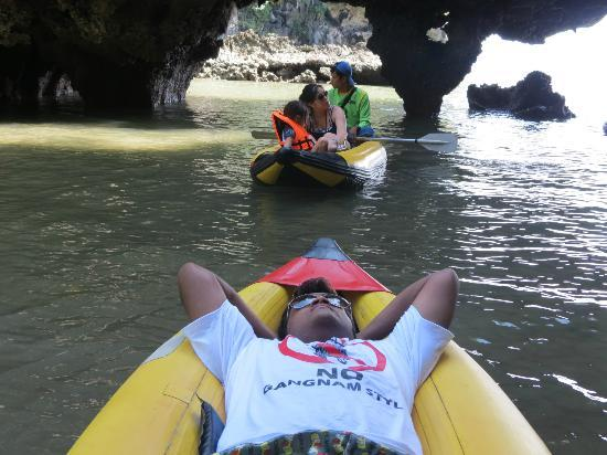 Simba Sea Trips: sea canoe