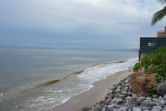 Devasom Hua Hin Resort: Gorgeous beach view