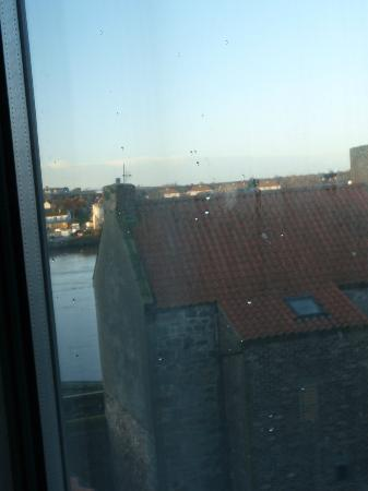 YHA Berwick: View of River Tweed from Kitchen window