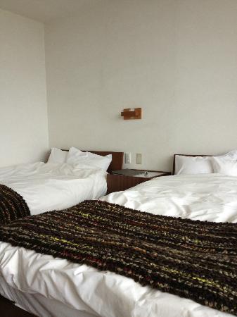 Soraniwa Hotel and Cafe: ベッドは寝心地満点