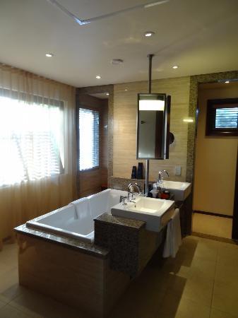 كوستانس إيفيليا: Salle de bains 