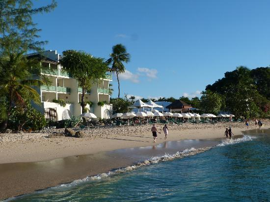 Mango Bay All Inclusive: mangobay from the beach