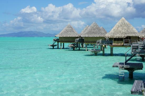 InterContinental Bora Bora Le Moana Resort: Vista da varanda do bagalô