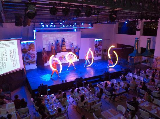Lakwatsa Resto Lounge: Firedance