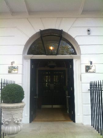 Dorset Square Hotel: Entrance