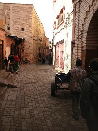 "Dar Akal: arrived at ""place du mokef"" and walked to riad"
