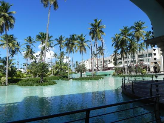 Iberostar Grand Hotel Bavaro: Вид на внутренний дворик
