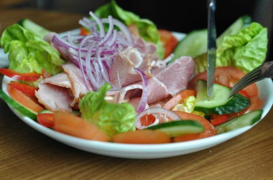 The Font Italia: Fresh Ham Salad