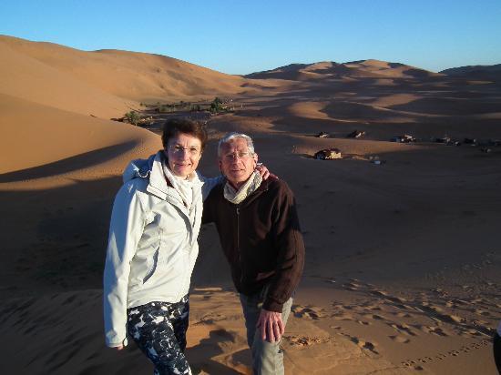 Auberge Camping Ocean Des Dunes: Au sommet d'une dune.