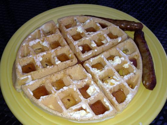 Homewood Suites Dallas-Market Center: Great Breakfast!!