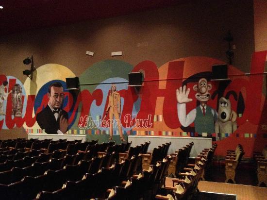 Magic Lantern Cinema Tywyn: murals