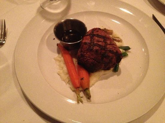 Stanley Hotel: Delicious Filet