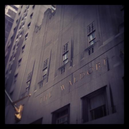 Waldorf Astoria New York: Old School Glamour!