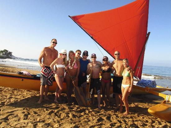 Hawaiian Sailing Canoe Adventures: Hawaiian Sailing Canoe...