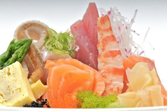 al hamayim: al-hamayim sashimi combination