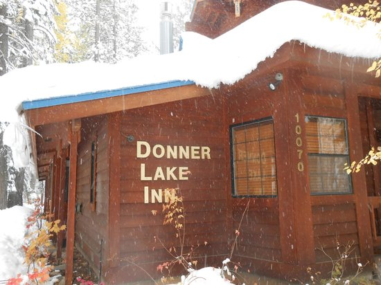Donner Lake Inn Bed and Breakfast: First Snow of Season