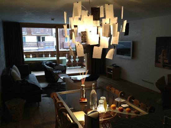 Hotel Firefly: Zimmer 33 Earth