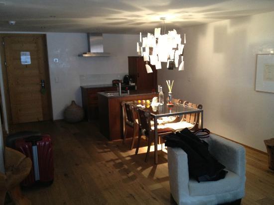 Hotel Firefly: Hotelzimmer