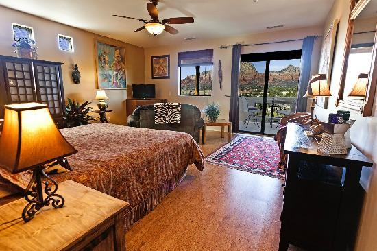 A Sunset Chateau : Bella Vista #21 With Beautiful Red Rock Views