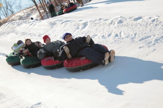 Snow Creek: Everyone can go snowtubing!!