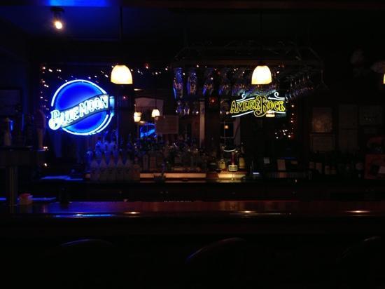 Bradden's Restaurant: Braddens bar
