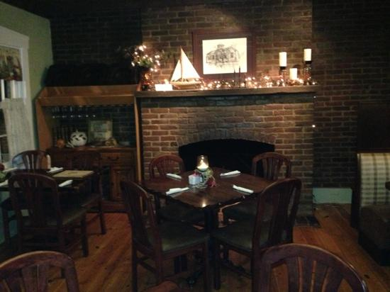 Bradden's Restaurant: back dining room with working fireplace!