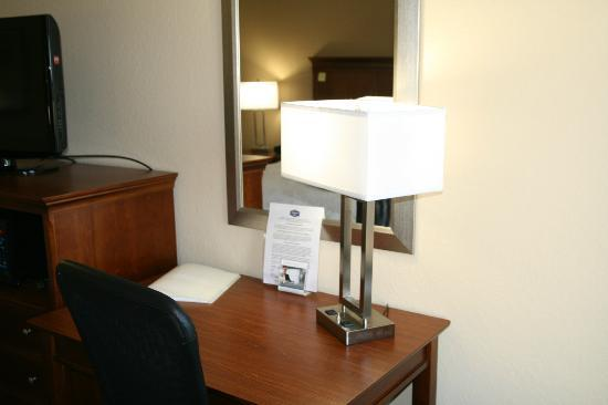 Hampton Inn Gainesville: Standard Room