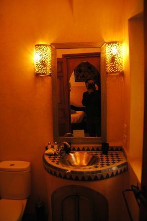 Riad Dar Beldia: bagno