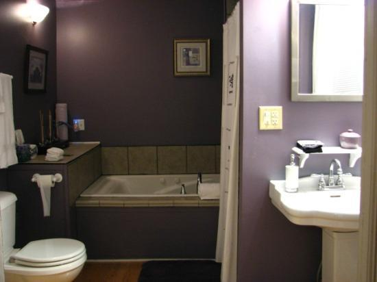 Carolina Bed & Breakfast: Bathroom