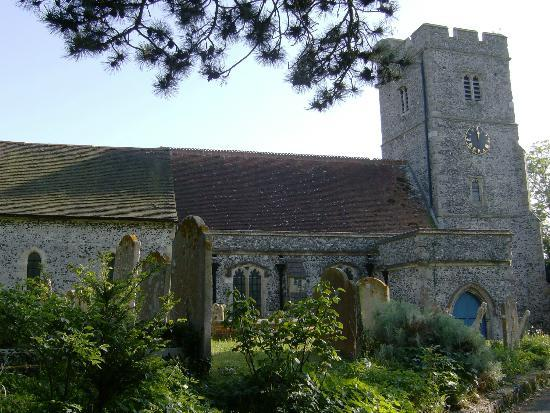 Boughton-under-Blean, UK: Boughton Church (north front)