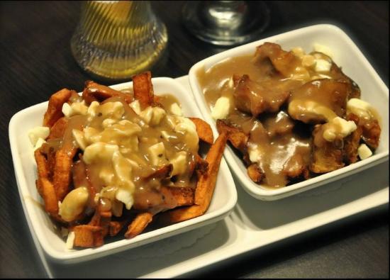 Poutineville, Montreal - zdjęcie: Sweet Potato Poutine - TripAdvisor