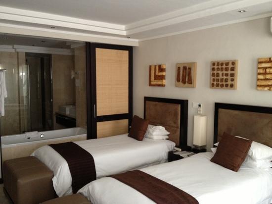 إيربان تشيك بوتيك هوتل: our room