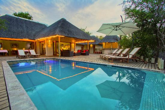 Casart Game Lodge : pool