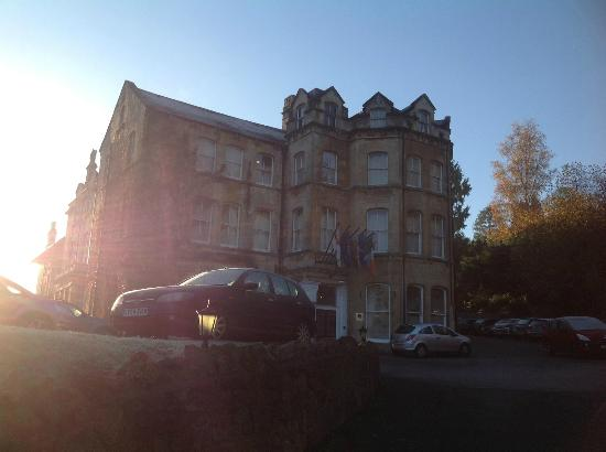 BEST WESTERN Limpley Stoke Hotel: Yes - this hotel is as pretty as the hotel advertises!
