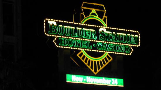 Boulder Station Hotel and Casino : Vegas Neon
