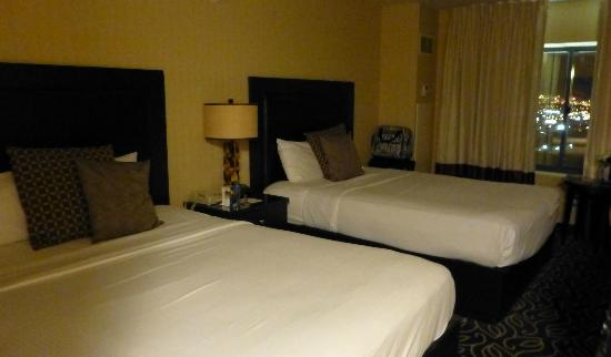 Boulder Station Hotel and Casino: Our room