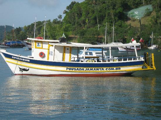 Pousada Jamanta: barco de buceo
