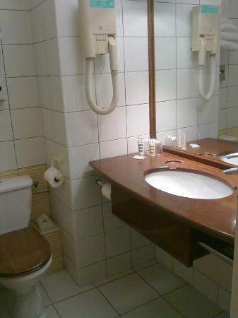 Hotel Mercure Lisieux : Sala da bagno